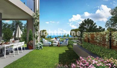 RH 104-Grand palace project with view to the Bosphorus in Istanbul