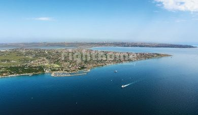 RH 181- Under construction project with direct sea view in Buyukcekmece district in Istanbul
