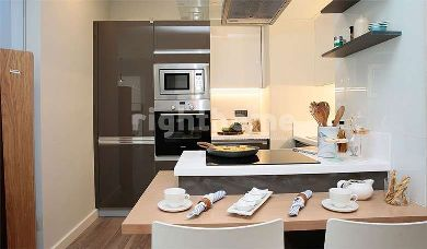 RH 150-Luxurious residential and office project ready to move in Bahcelievler