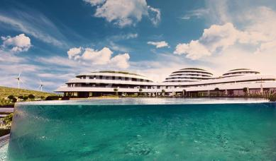 RH 325 - seaside resort town in Izmir